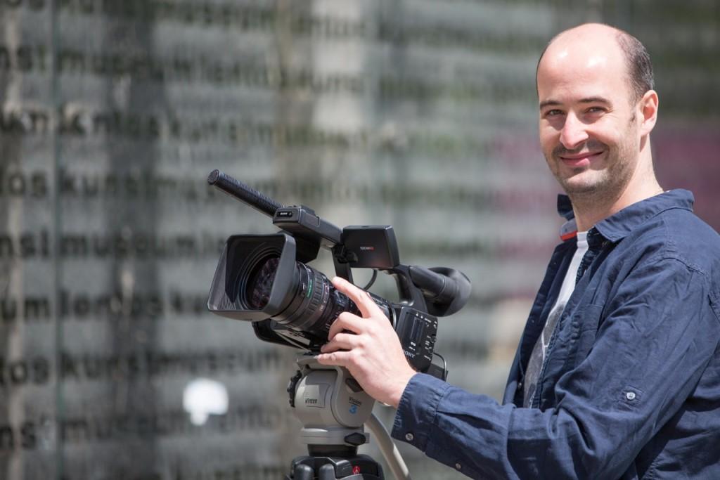 Markus Kaiser-Mühlecker bei der Videoproduktion