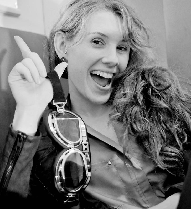 """Isabelle (Bloggerin, Unternehmerin, Mama, Tontechnikerin und der kreative Kopf hinter dem Business-Blog """"Frau Chefin"""")"""